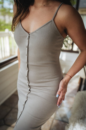 Baila Conmigo Ribbed Midi Dress - Gray