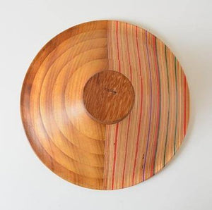 Laminated bowl made from iroko and upcycled skateboards - El Arce Imaginario