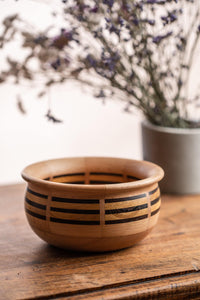 Laminated bowl, wengue, chenstnut and beech