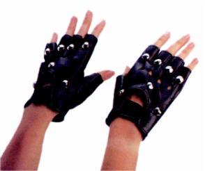 ACCESS: Gloves, Studded