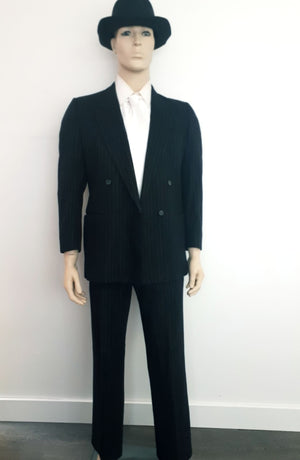 COSTUME RENTAL - J21 1920's Gangster Suit (wool gray and white)