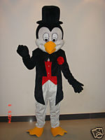 COSTUME RENTAL - R125 Penguin Mascot 7 pieces