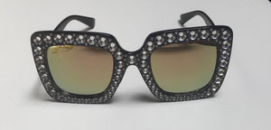 ACCESS: Glasses, black with mirrored lenses