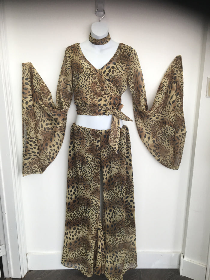 COSTUME RENTAL - X292 Cheetah print retro outfit
