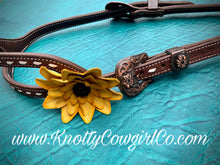 Load image into Gallery viewer, Slot Ear Buckstitched Headstall