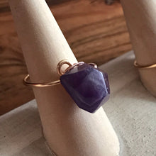 Load image into Gallery viewer, Amethyst Wire Wrapped Ring