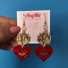 Load image into Gallery viewer, Sagrado Corazón earrings