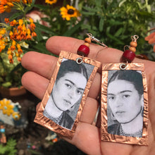 Load image into Gallery viewer, Frida Copper earrings