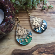 "Load image into Gallery viewer, ""Be the Light"" earrings"