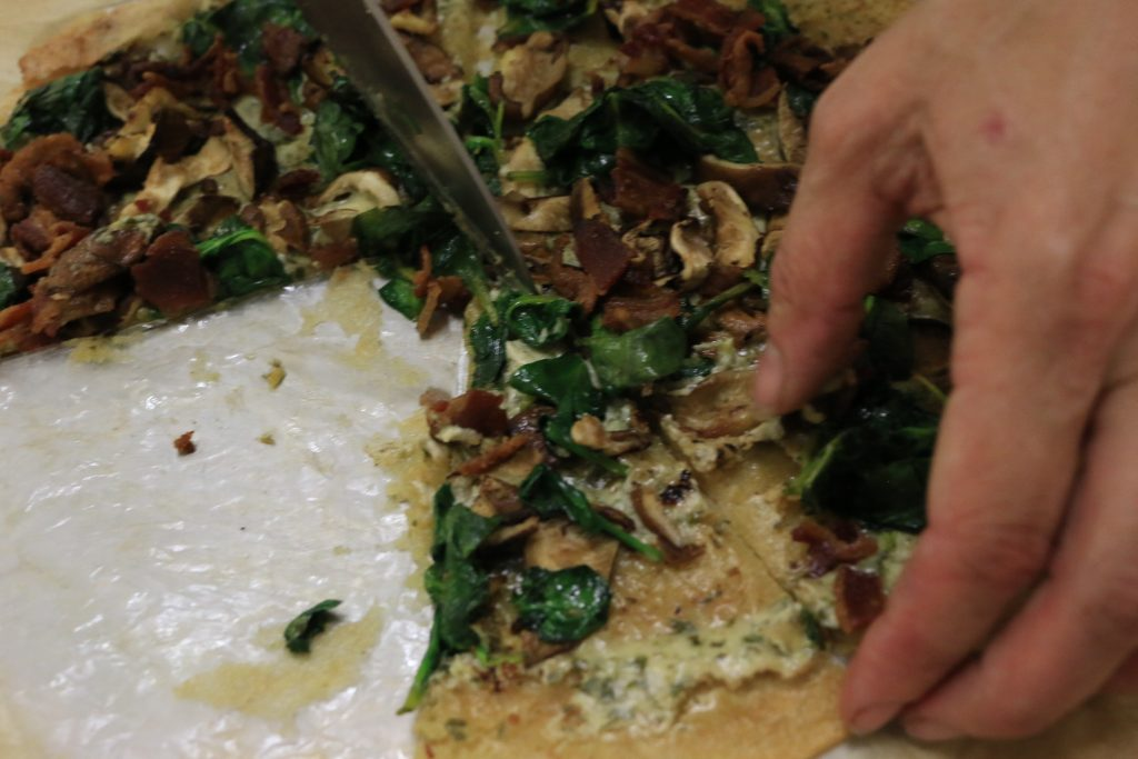 aip spinach and mushroom pizza with pesto sauce