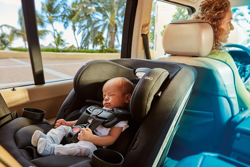 Maxi Cosi Magellan 5-in-1 Convertible Car Seat - Emerald Tide