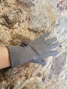 Grey super soft flower detail gloves