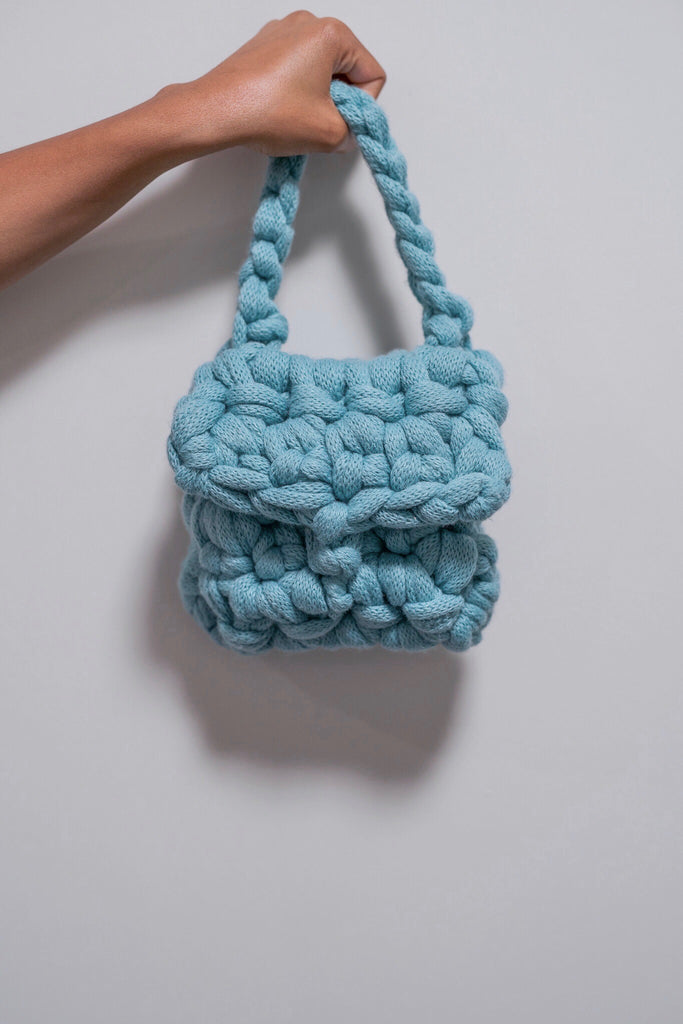 AQUAFINA MINI BAG.