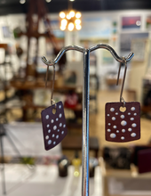 BROWN RECTANGLE EARRINGS W/ DOTS