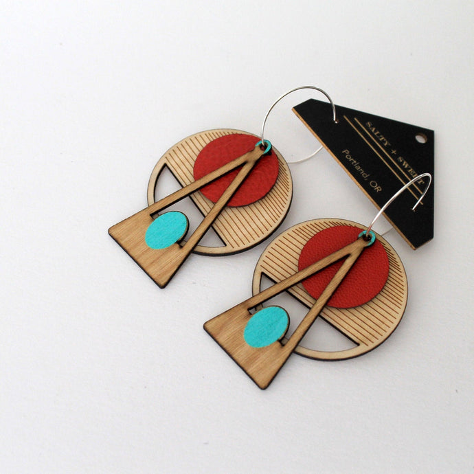 RED CIRCLE WOOD EARRINGS