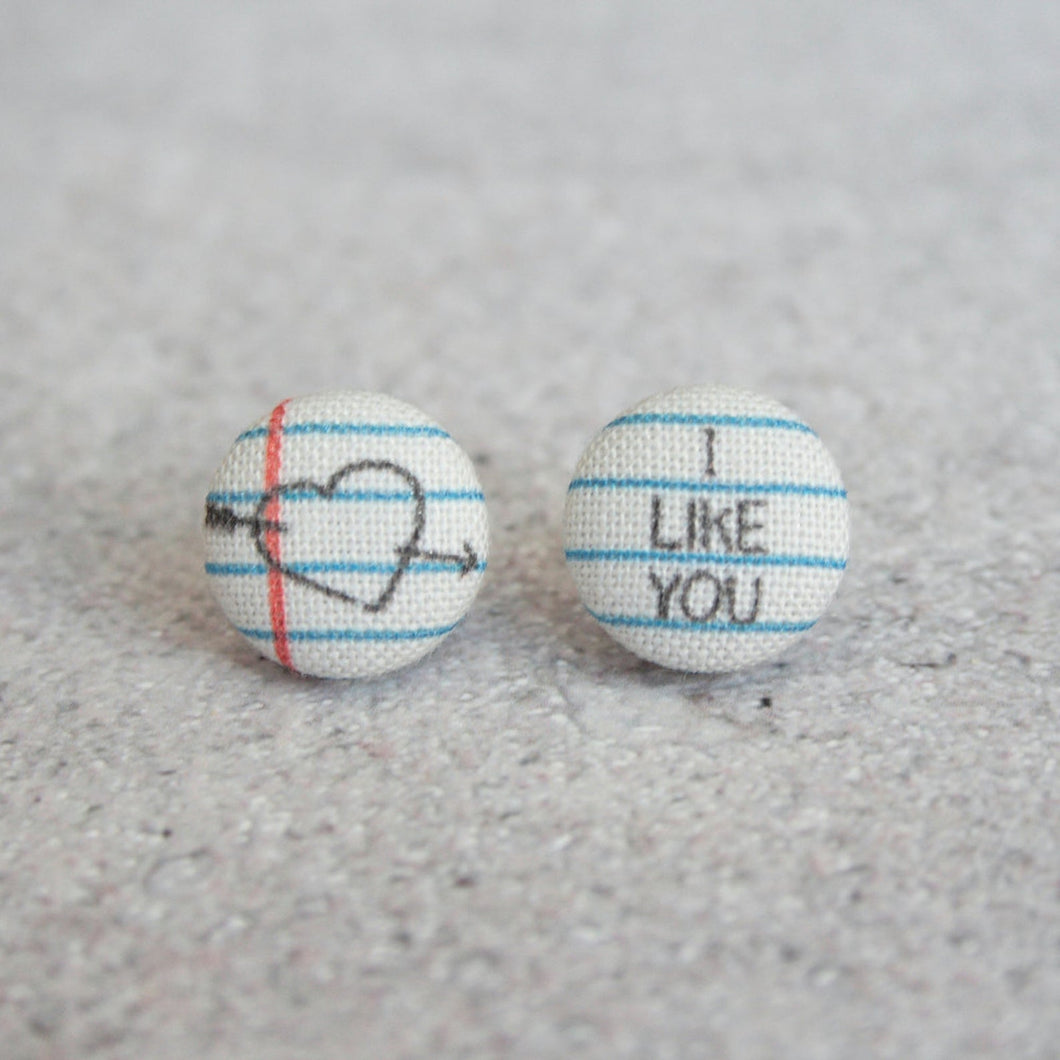 LOVE NOTE STUDS
