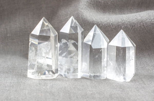 NATURAL Standing Quartz Crystal Point---Perfect for Decoration!--- Average size 1.5 inches
