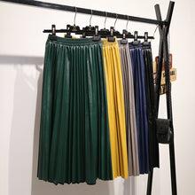 Load image into Gallery viewer, leather pleated skirt