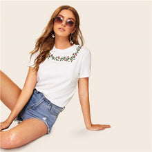 Load image into Gallery viewer, Casual White Embroidered Floral Detail Tee T Shirt
