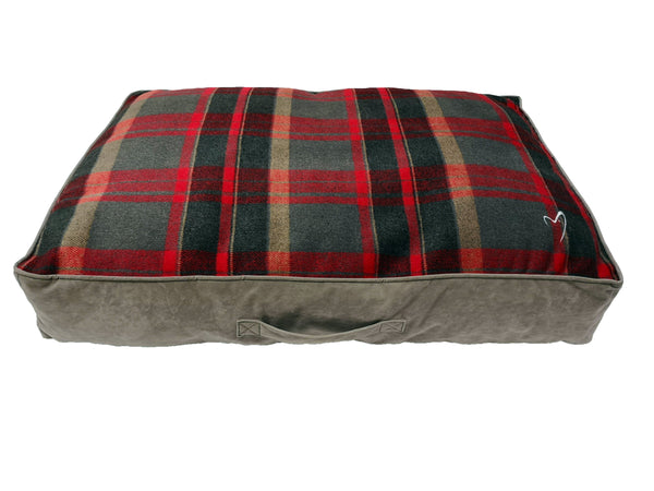 Camden Sleeper Large (71x107x13cm) Red Check (SRP £39.99)