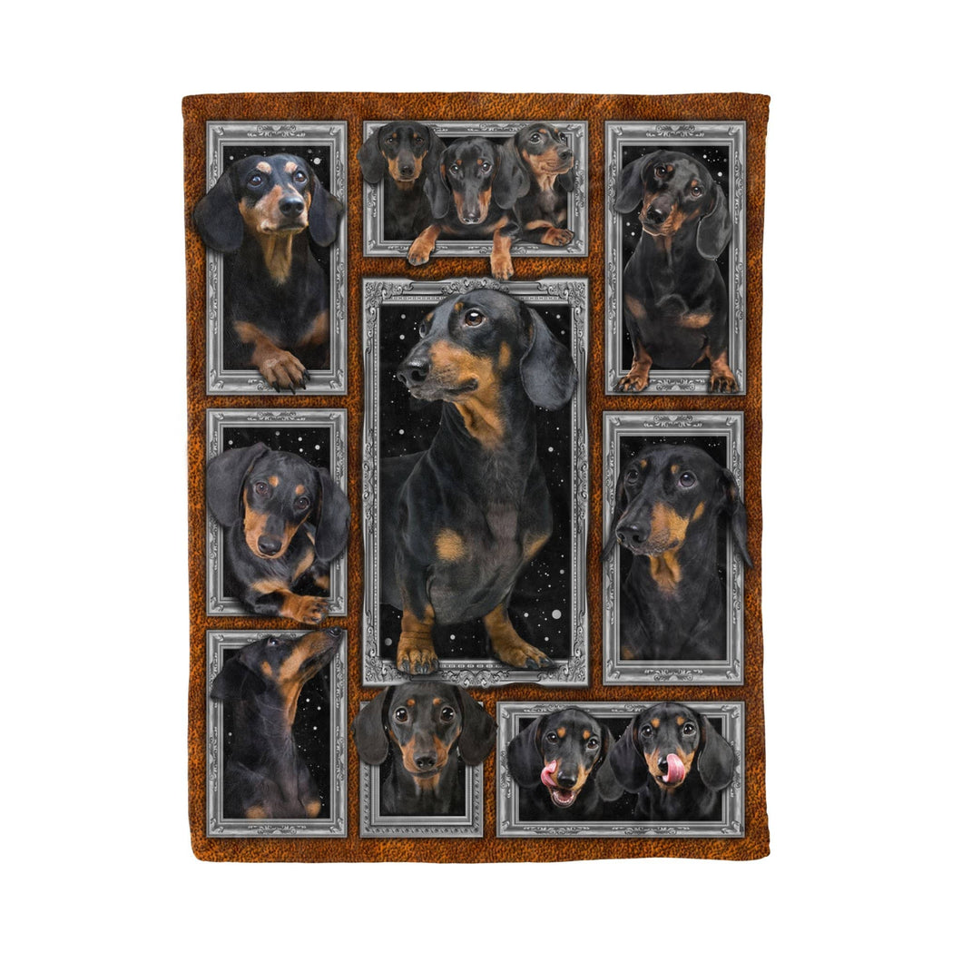 Pemola - Weenie Dog 3D Blanket, Wiener Dog Blanket, Doxie Fleece Blanket, Dachshund Cute Blanket