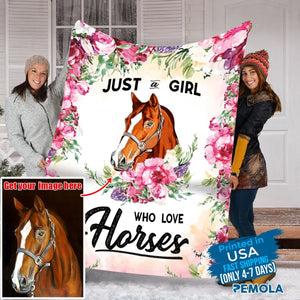 Pemola - Horse Fleece Blanket, blanket Horse Girl picture, the Horse blanket girl, gifts for mom, custom picture blankets.