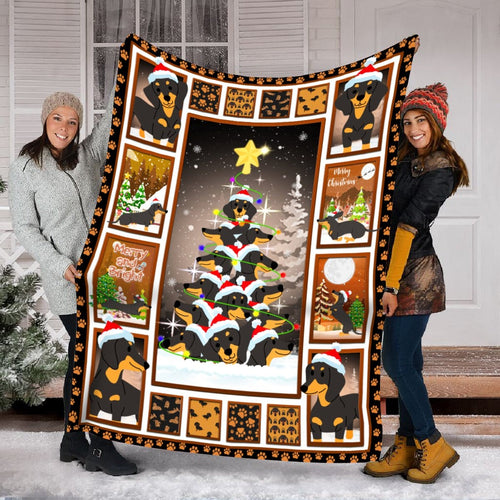 Pemola - Doxie Gift, Merry Christmas Blanket, All I Want For Christmas, Blanket Dachshund Dog Fleece Blanket