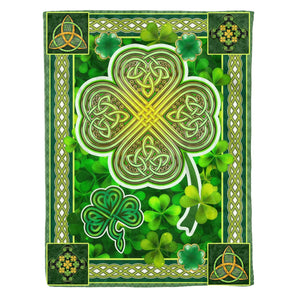 Pemola - Shamrock Clover Blanket, Irish Gift, Happy St Pattrick's Day Fleece Blankets