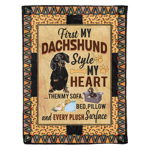 Pemola - Dachshund dog, Doxin Fleece Blankets, gifts for dachshund lovers