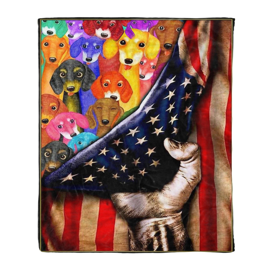 Pemola -  Dog blanket Gifts for mom, Wiener dog Fleece Blanket for your family, gifts for retirement