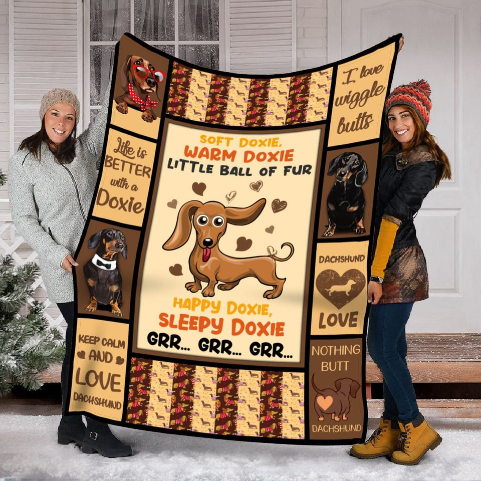 Pemola - Funny Dog Blanket, Doxie, Dachshund, Weiner Dog Blanket, Dog Fleece Blanket
