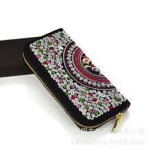 Load image into Gallery viewer, Features embroidered Womens purses Upscale Fashion Ladies Wallet Long section Wallets Embroidery purse Support
