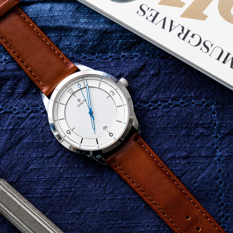 DAEM Royal x Brown leather watch