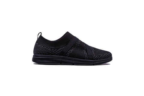 Womens R4 Comfort - Black Slip On
