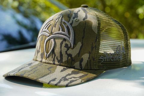 Sling'n Stitches Rack Symbol snap back Mossy oak Bottomland