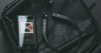Finding the Best Headphones for Travel: 3 Must-Have Features