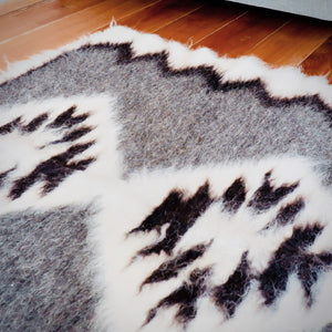 DUTCH LONG WOOL RUG