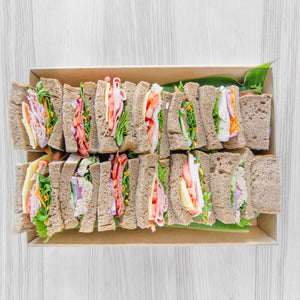 Low Carb Rye loaf sandwich box (assorted fillings)