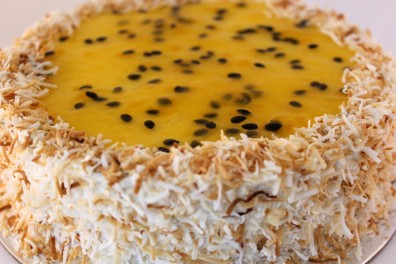 Large Coconut & Passion-fruit Cheese Cake (10