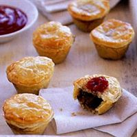 Mini Beef Burgundy Pies (per dozen) | Mushroom Catering, Sydney's Premier Corporate, Private and Event Caterers