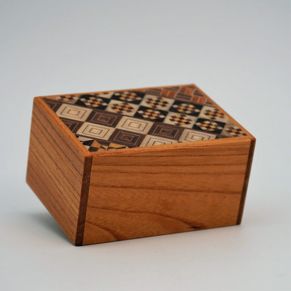 New2Play Puzzle Box Japanese Puzzle Box 3sun 12steps Keyaki wood