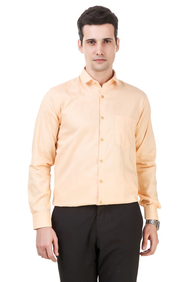 Solid Tailored Fit Peach Cotton Shirt