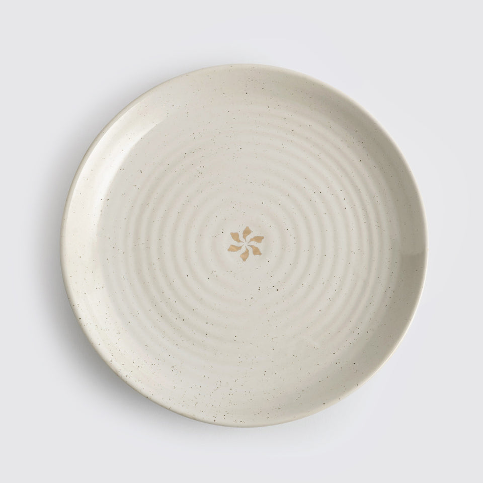 The Ganga Dinner Plate <span><br> Beige </span>