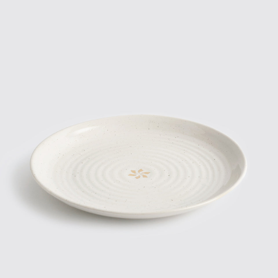 The Ganga Dinner Plate <span><br> Ivory </span>