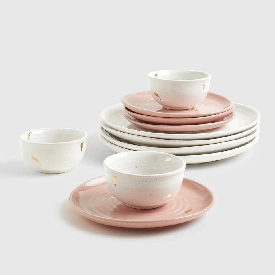 Ganga Dinner Set of 4 <span><br> Ivory with Old Rose </span>