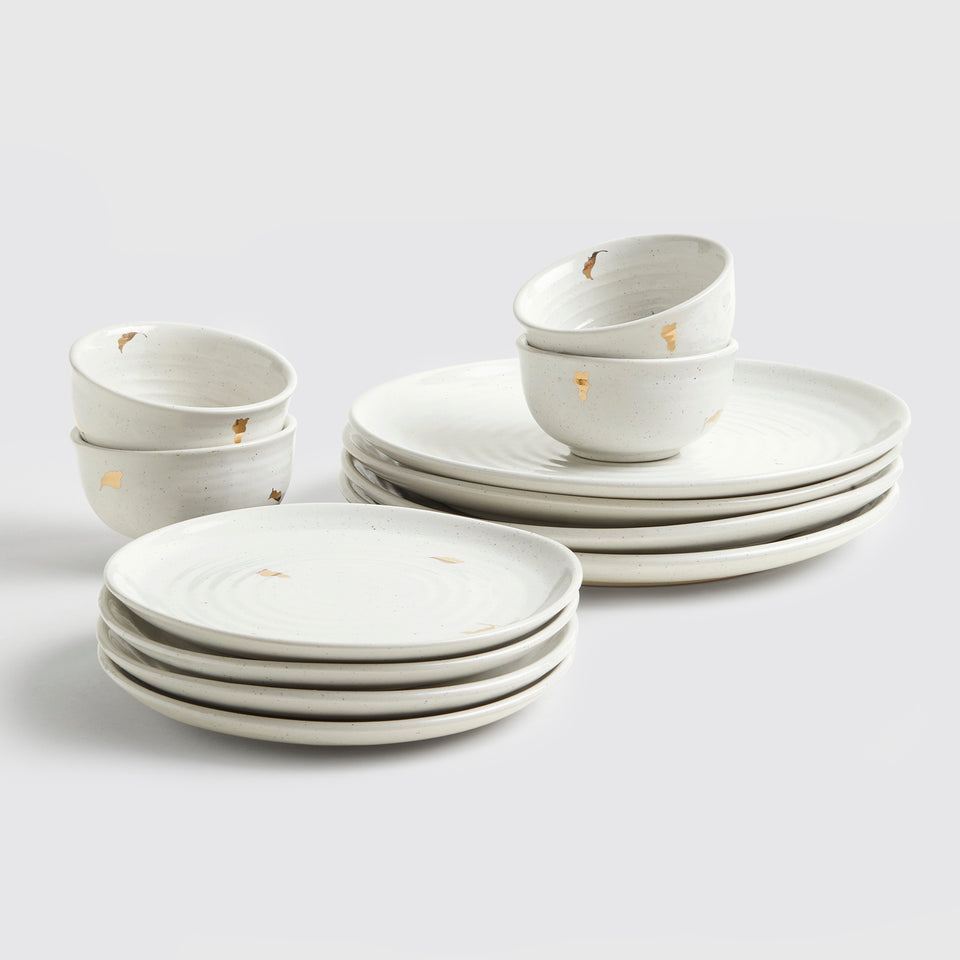 Ganga Dinner Set of 4 <span><br> Ivory </span>