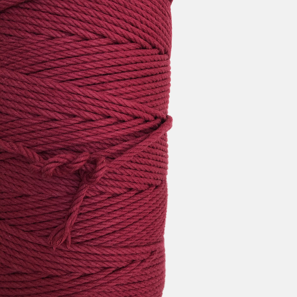"""MAROON"" Coloured Macrame Cord 4mm 1kg"