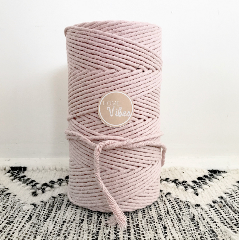 BLUSH Coloured Macrame Cord 4mm 1kg