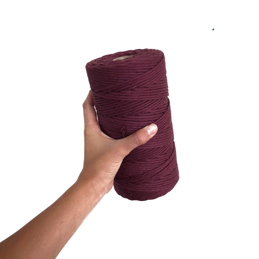 VINO ROUGE Coloured Macrame Cord 4mm 1kg