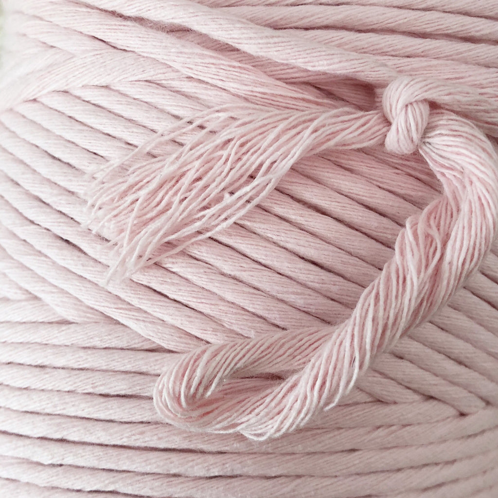 BABY PINK Coloured Macrame Cord 4mm 1kg